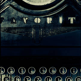Douglas MooreZart - I Write to Give Myself Strength