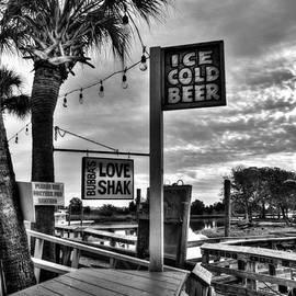 Mel Steinhauer - Ice Cold Beer BW