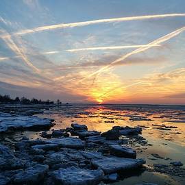Ed Sweeney - Ice on the Delaware River