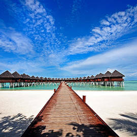 Jenny Rainbow - Idyllic Symmetry. Water Villas. Maldives