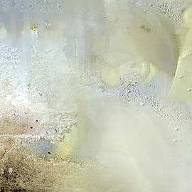 Davina Nicholas - Illuminated
