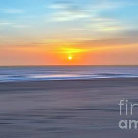 Dan Carmichael - Imminent Light - a Tranquil Moments Landscape