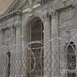 Ann Horn - Imprisoned