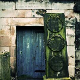 RicardMN Photography - In Old Calton Cemetery