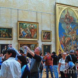 Allen Beatty - Inside The Louvre 1