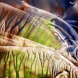 Cristina Handrabur - Intensly immersive holow light flight