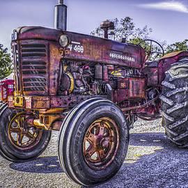 F Leblanc - International W 400 Tractor