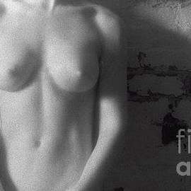 Timothy Bischoff - IR Nude 0047