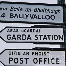 Marcus Dagan - Irish Road Sign
