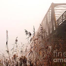 Karin Stein - Iron Railroad Bridge In The Mist