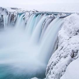 Benjamin Hardman - It Seems Goðafoss Is Becoming More And