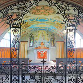 Lynne Sutherland - Italian Chapel Interior
