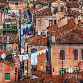 Hanny Heim - Italian City Roofs