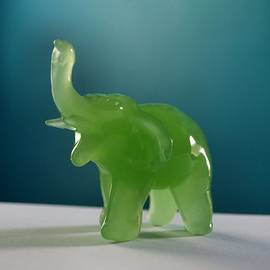 Tom Druin - Jade Elephant