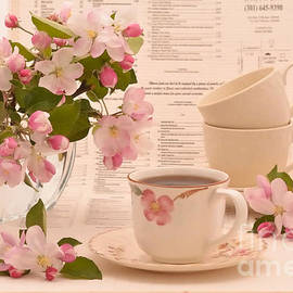 Luv Photography - Japanese Teacups