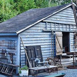 Kim Bemis - Blue Barn at Jaynes Reliable Antiques and Vintage