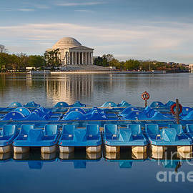 Jerry Fornarotto - Jefferson Memorial and Paddle Boats