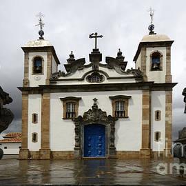 Bob Christopher - Jesus The Good Lord Of Matosinhos Basilica Church Brazil 1