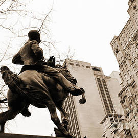 RicardMN Photography - Jose Marti equestrian statue and the Ritz-Carlton vintage look