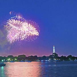 Steven Barrows - July 4th Fireworks Along The Potomac