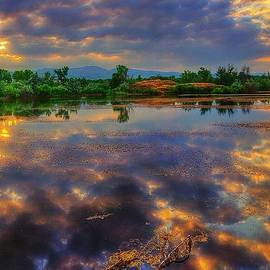 Steve Luther - Kaliedoscope Sky Reflection
