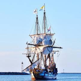 Kim Bemis - Kalmar Nyckel Tall Ship