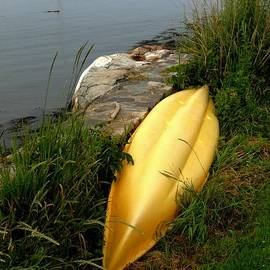 Marcia Lee Jones - Kayak At Rest