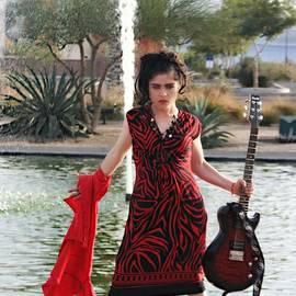 Wendy Martinez - Keep Your Distance
