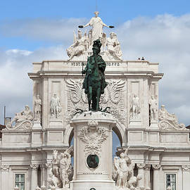 Artur Bogacki - King Jose I Statue and Rua Augusta Arch in Lisbon