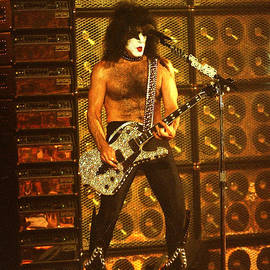 Gary Gingrich Galleries - KISS-Paul-0557
