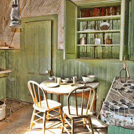 Diana Sainz - Kitchen In Bodie By Diana Sainz