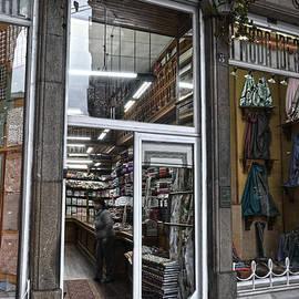 RicardMN Photography - La moda ideal fabrics store