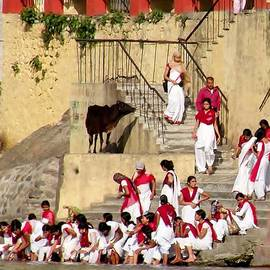 Kim Bemis - Women Ascetics -  Bramacharinis - on the Ashram Steps Rishikesh India