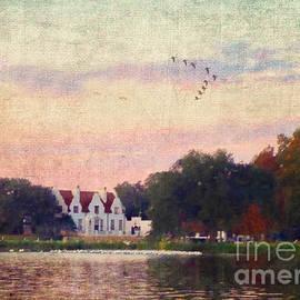 Judi Bagwell - Lake House