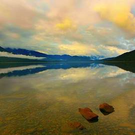 Amanda Stadther - Lake Kaniere New Zealand