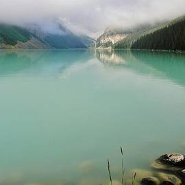 Mo Barton - Lake Louise As The Morning Mist Rises 1