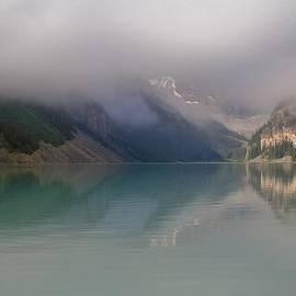 Mo Barton - Lake Louise As The Morning Mist Rises 2