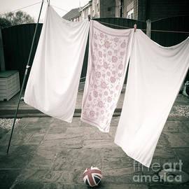 Pete Edmunds - Laundry Day #1