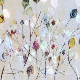 Nina Bradica - Leaves of Color