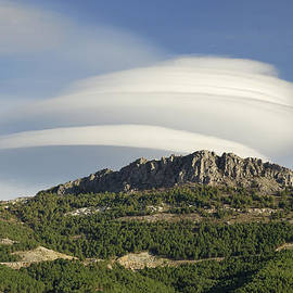 Guido Montanes Castillo - Lenticular clouds over Dornajo mountain