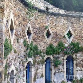 France  Art - Les Bains Romain