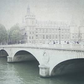 Lisa Parrish - Letters From Pont Saint-Michel - Paris