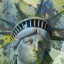 Victor Arriaga - Liberty Statue I