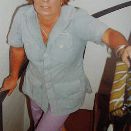 Colette V Hera  Guggenheim  - Life Traveller Mum Chris