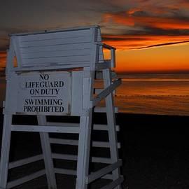 Linda Covino - Lifeguard bench at sunset