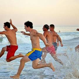 Kim Bemis - Pure Energy - Lifeguard Competition #4