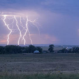 Sanda Kateley - Lightning In The Sky