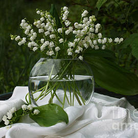 Luv Photography - Lily-of-the-valley Bouquet