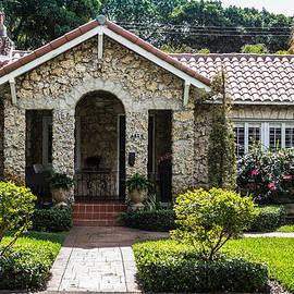 George Kenhan - Limestone House