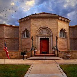 Glenn McCarthy - Lincoln Memorial Shrine Entrance